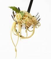 Gewürzte Spaghetti geschöpft