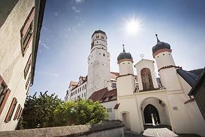 Gegenlicht Fotografie des Schlosses der Donaustadt Dillingen