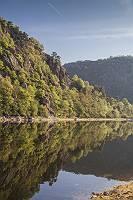 Fluss im felsigen Tarntal in Südfrankreich