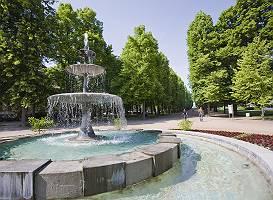 Allee und Springbrunnen in Bad Pyrmont