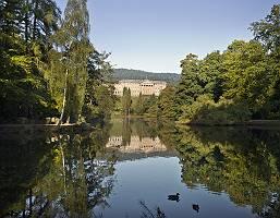 Schlosspark mit See in Kassel