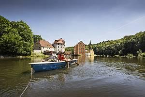 Bootsfahrt im Ruderboot vor der Obermühle