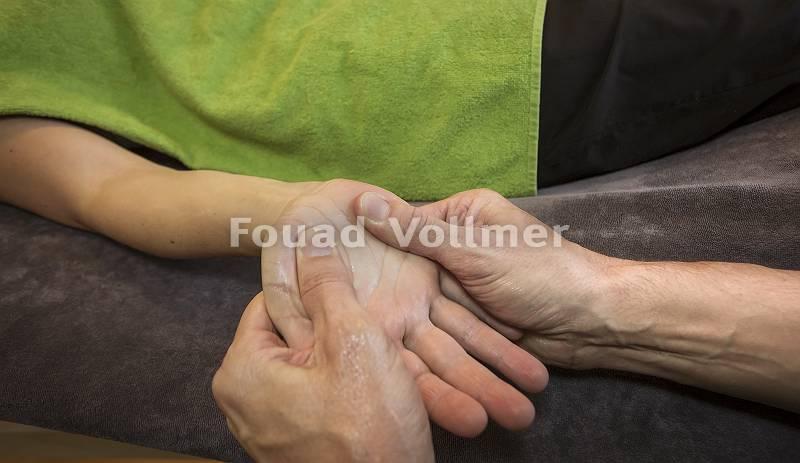 Akupunktmassage Innenhand